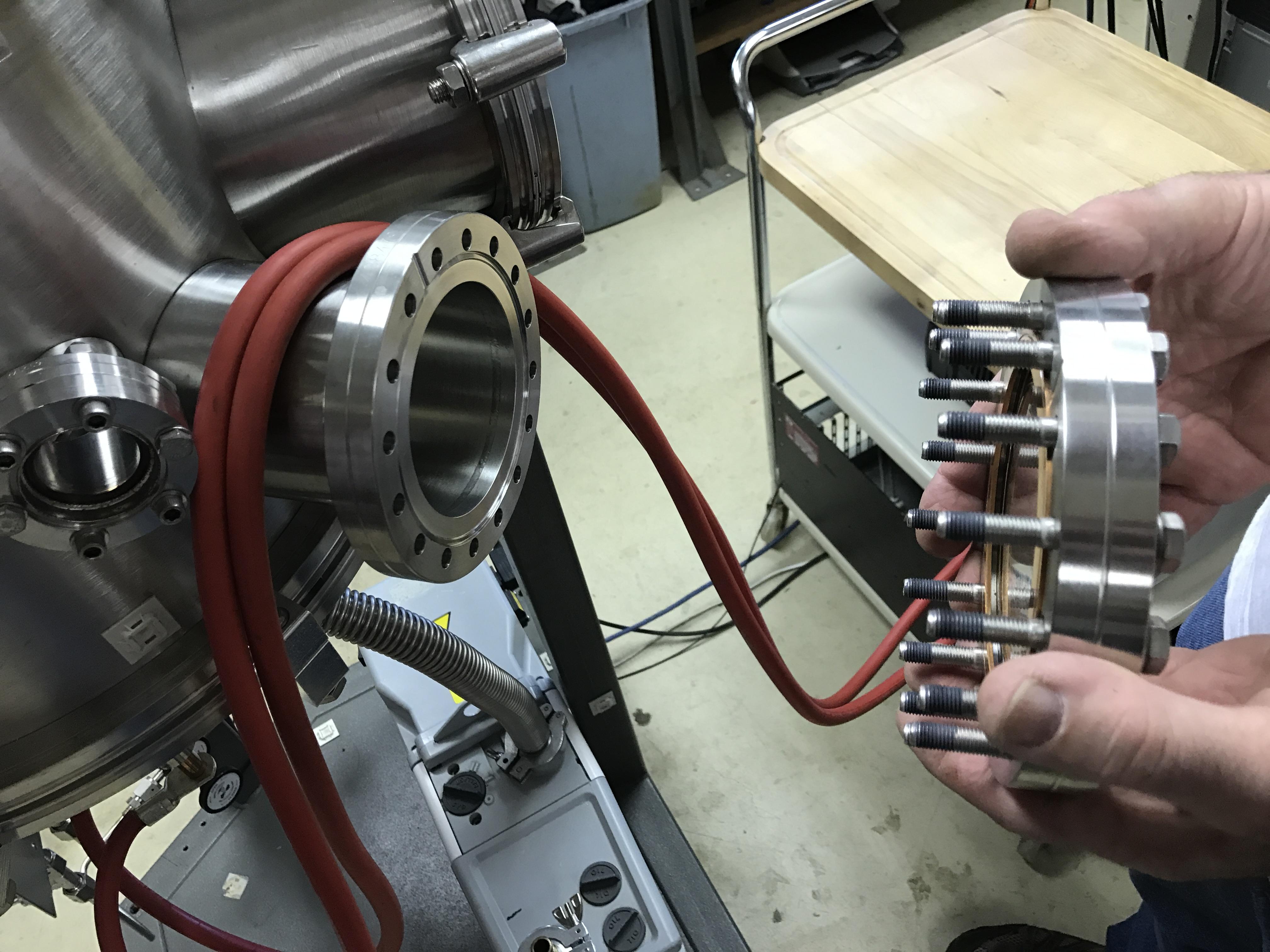 Installation Of Varian Navigator Tv 141 Turbomolecular