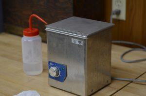 Ultrasonic acetone bath